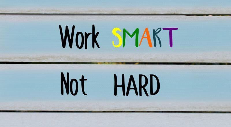 仕事ができる人にみられる4つの特徴と業務の進め方